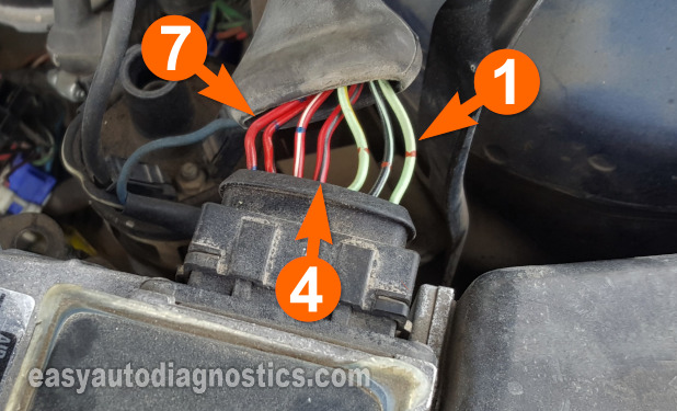 Making Sure The VAF Sensor Is Getting Power. How To Test The Vane Air Flow Sensor (1988, 1989, 1990, 1991, 1992 2.2L Mazda 626)